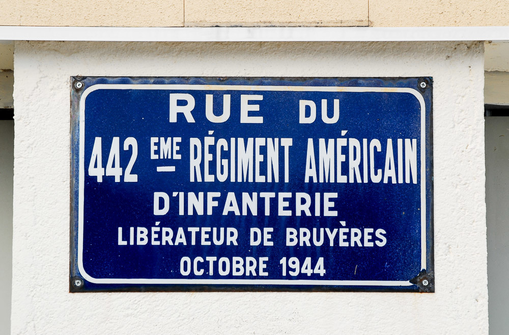Rue Du 442 Street Named for Liberators